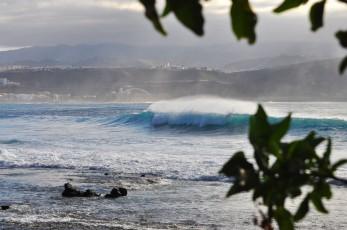 Amazing surfing las palmas HiTide Travel